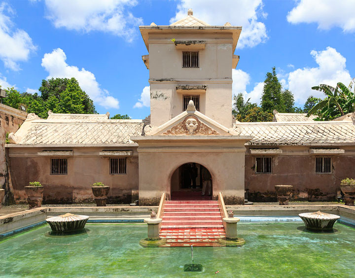 the water castle at Taman Sari