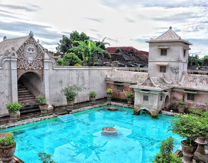the water castle of Taman Sari