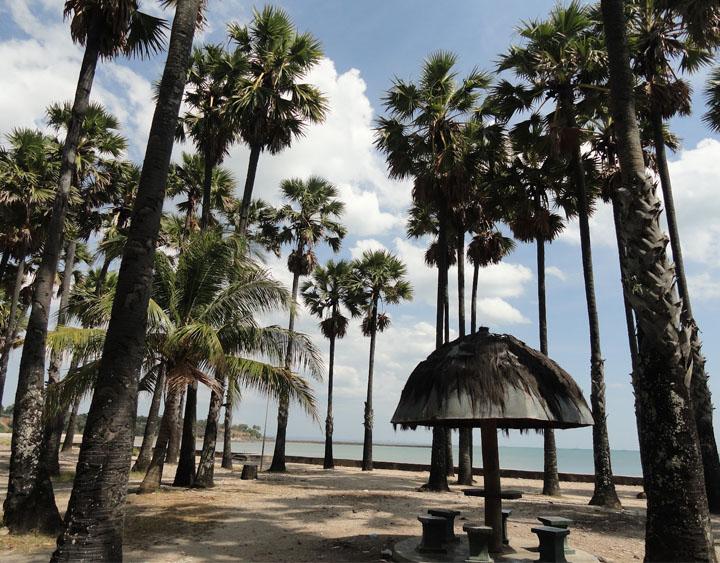 Lesiana Beach