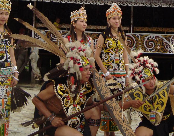 5 Days Dayak Feast Tour - River Safari in Borneo
