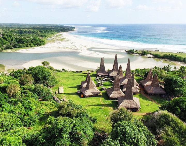 5 Days Sumba - Culture, Nature and People Adventure