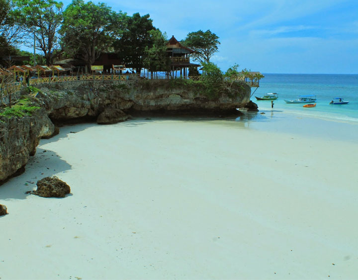 6 Days South Discover Sulawesi From The Beach to the Highland